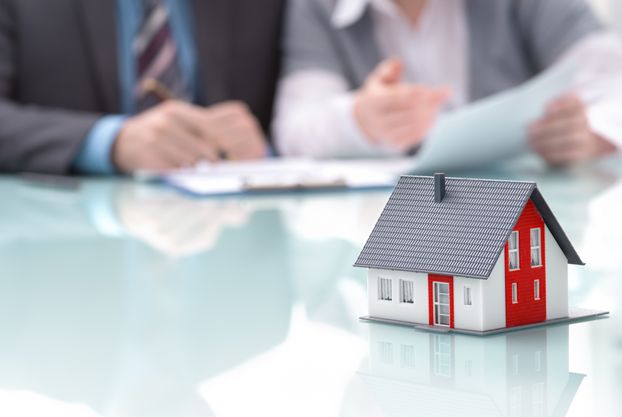Your team of expert advisors should include a real estate lawyer when buying or selling a home to review any offer you make or receive. Anderson LeBlanc will make sure that your rights are protected.
