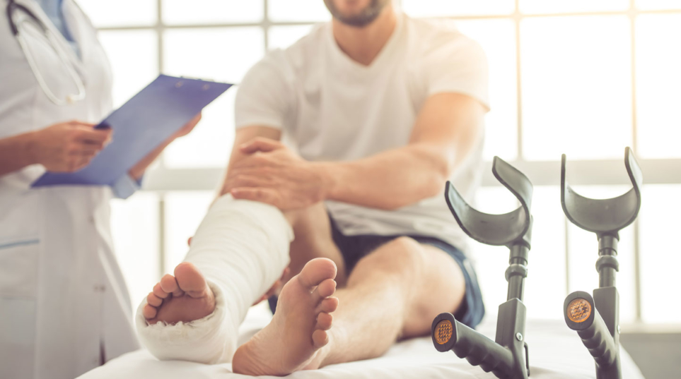 Pros and Cons of Arbitration for Personal Injury Claims - Anderson Leblanc Personal Injury Attorneys